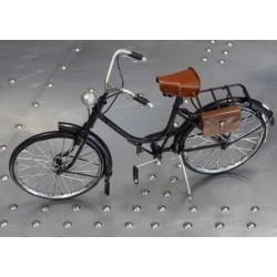 Vélo décoratif en métal